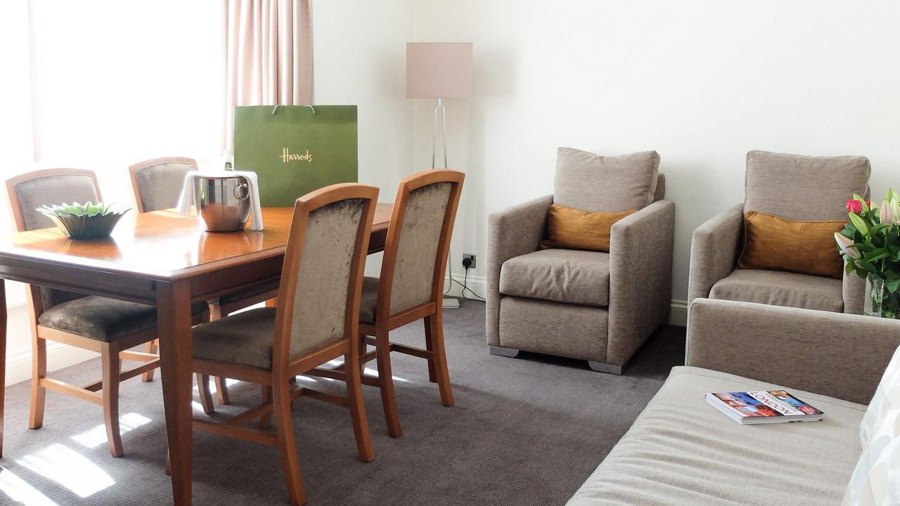 15 Basil Street,London,2 Bedrooms Bedrooms,2 BathroomsBathrooms,Apartment,Basil Street ,1011