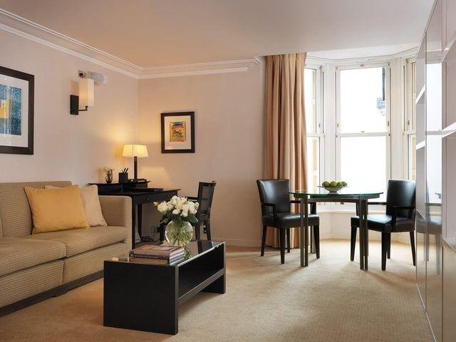 Chelsea,London,2 Bedrooms Bedrooms,2 BathroomsBathrooms,Apartment,Chelsea ,1050